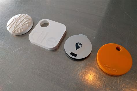 Tile Tracking Device by Chipolo Vs Trackr Vs Tile Vs Wuvo The Ultimate
