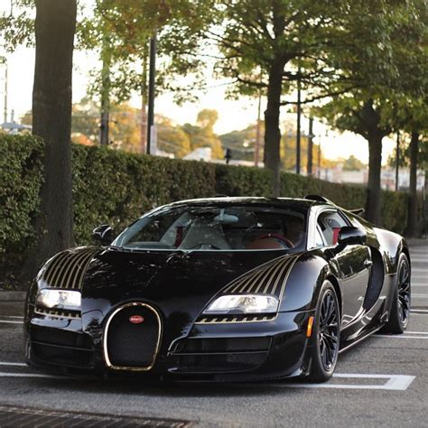 This spec is no doubt the cleanest of the. Bugatti Divo Black And Gold - Supercars Gallery