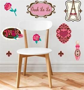 stickers chambre bebe fille pour une deco murale originale With chambre bébé design avec envoyer des fleurs a paris