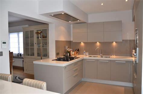 idees deco cuisine photo cuisine moderne id 233 e salle de bain et cuisine design