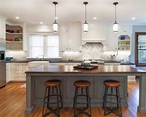 Amazing mini pendant lights over kitchen island