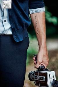 Tatouage Homme Petit : best 25 adventure tattoo ideas on pinterest travel ~ Carolinahurricanesstore.com Idées de Décoration