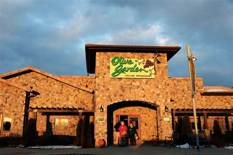 olive garden co what s the deal with olive garden the new yorker