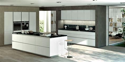 table cuisine contemporaine design cuisine contemporaine design bois cagnes sur mer 06
