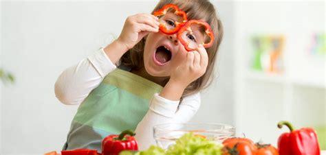 cuisine avec les enfants s 39 amuser dans la cuisine avec les enfants de 5 à 8 ans
