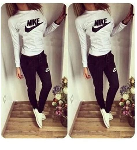 Nike Jogging Suit For Women | www.pixshark.com - Images Galleries With A Bite!