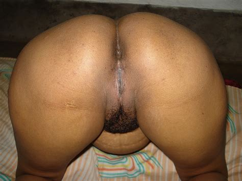South Indian Matured South Indian Milf Aunty Showing Big Boobs Ass Hole N Cum Filled Pussy 12