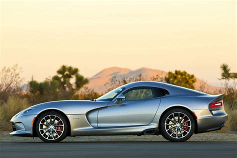 How Much Horsepower Does A Dodge Viper by How Much Does A Dodge Viper Cost Carrrs Auto Portal