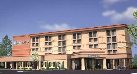 hotels jersey gardens wyndham garden hotel newark airport nj ewr airport hotel