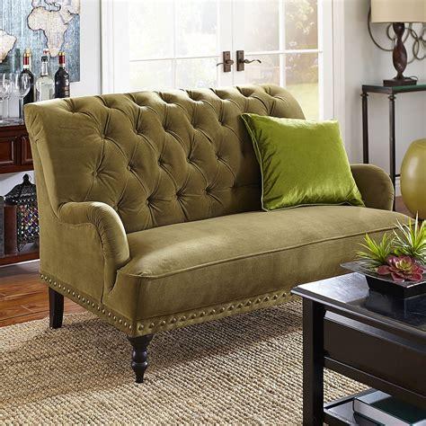 chic ways  add olive green   decor scheme