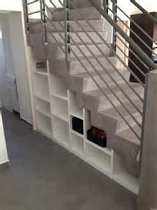 Porte Coulissante Sous Escalier by Meuble De Rangement Sous Escalier La Valentine 13011