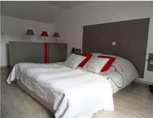 Chambre gris et rouge ado for Idee deco cuisine avec lit rond