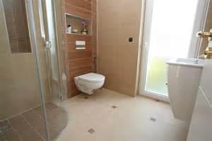 schrã nke badezimmer alte badewanne neu lackieren carprola for