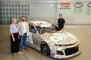 Ally and Jimmie Johnson Honor Military Heroes - Look to