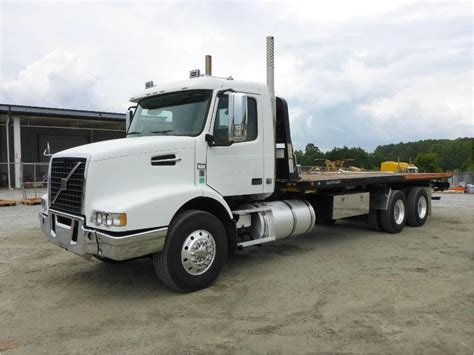 2009 volvo truck 2009 volvo vhd64b200 for sale used trucks on buysellsearch