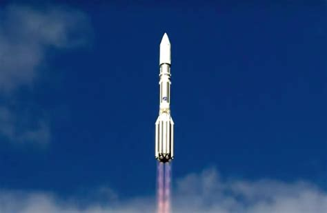 Russian data relay satellite launched by Proton rocket ...