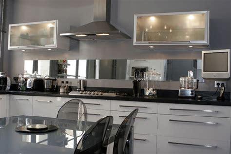cuisine blanc et noyer photo le guide de la cuisine noir et blanc sublimés par