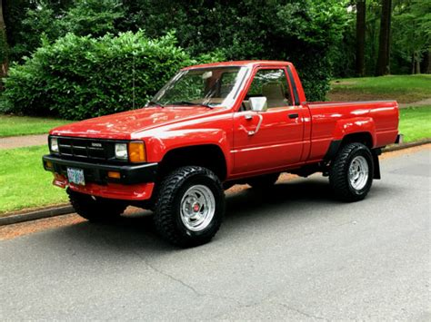 1986 Toyota Pickup 4x4 Regular Cab 4'cyl 22re All Factory