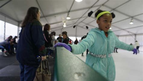 ice rink  valley ranch garners warm reception houston
