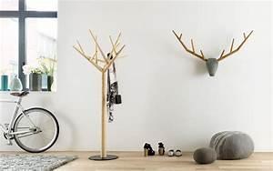 Design Kleiderständer Holz : schweizer designer klybeck wie er mit einem y ber hmte wurde ~ Michelbontemps.com Haus und Dekorationen