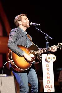 Carlton Anderson Makes Grand Ole Opry Debut to Standing ...