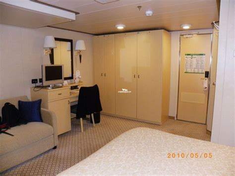 Cunard Cabin Layout by Deck Plans Diagrams Pictures