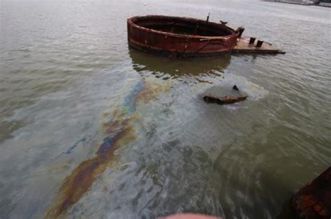 years oil  leaks   uss arizona