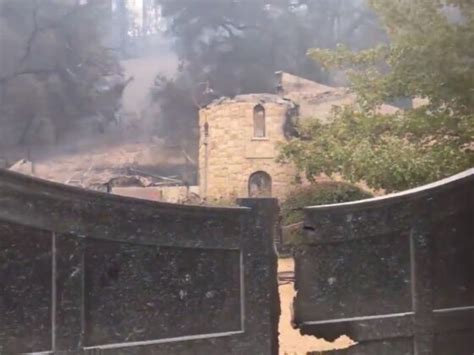 wineries  vineyards  napa  sonoma damaged  fires