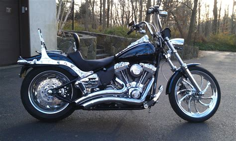 Softail Standard Pictures