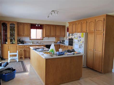 armoir de cuisine armoir de cuisine en frene pointe de diamant maison moderne