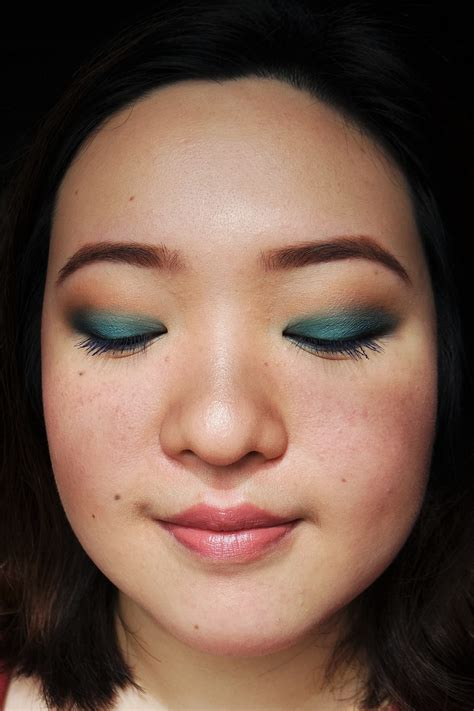 bedak maybelline all in one fotd peacock moment food world me