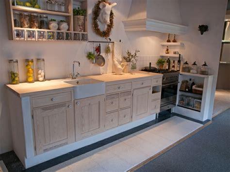 deko küche landhausstil landhausstil deko traditionelles und klassisches trifft aufeinander