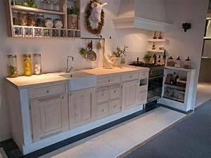 Deko Küche Landhausstil : landhausstil deko traditionelles und klassisches trifft ~ Lizthompson.info Haus und Dekorationen