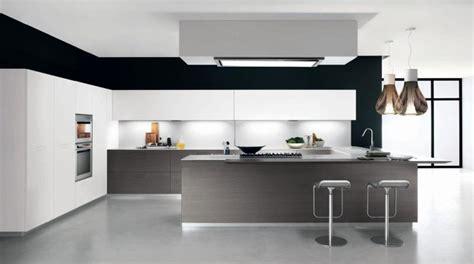 comptoir de cuisine bordeaux colori pareti cucina