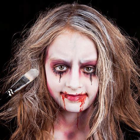 vampirgesicht schminken kind halloween pinterest
