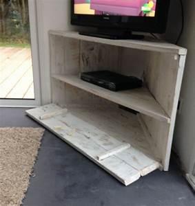 Meuble De Tv D Angle : les 25 meilleures id es de la cat gorie meuble tv angle sur pinterest meuble tele angle ~ Preciouscoupons.com Idées de Décoration