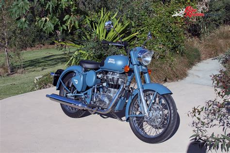 Review Royal Enfield Rumbler 500 by Review 2016 Royal Enfield Classic Squadron Blue Bike Review