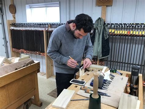 people     wide  learn woodworking south