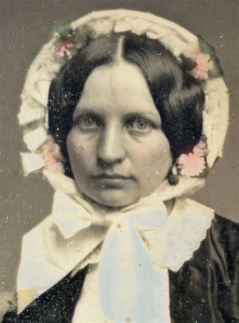 Born In 1808 1850s Bonnets In Detail In 2020 Victorian