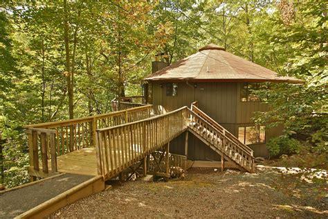 4 Bedroom Cabins In Gatlinburg by 4 Bedroom Cabin Rentals In Gatlinburg Tn Mtn Laurel Chalets
