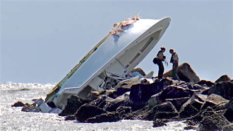 Boat Crash Miami by Settlement Reached In Jose Fernandez S Fatal Boat Crash
