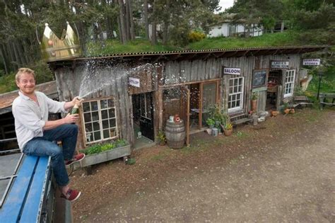 Farmers Shed Sc Food Network by Hen House Takes The Crown For Shed Of The Year 171