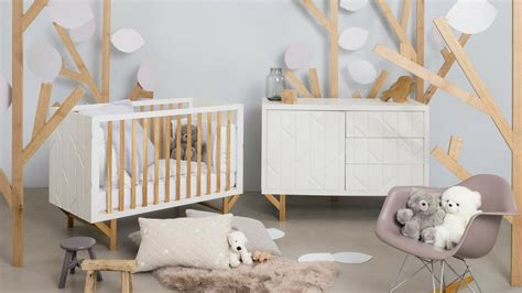 chambre de bebe original comment aménager convenablement la chambre de bébé
