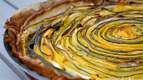 cuisiner des cepes frais tarte hypnotique aux courgettes jaunes et vertes recette