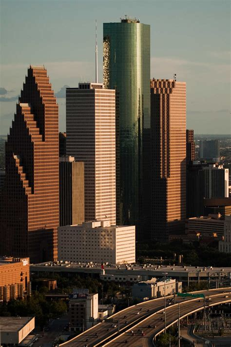 houston construction under skyline tower area texas building rise few rises inside years chronicle street tx than business highrises skyscraperpage