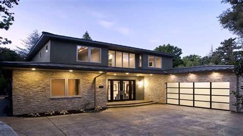 small beautiful bungalow house design ideas  shaped bungalow  garage