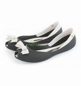 Two-tone Black And White Ballet Flats With Bow - Melissa ...
