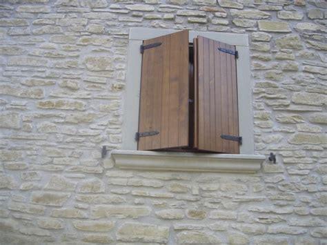pietra per davanzali pietra arenaria pietra serena per edilizia