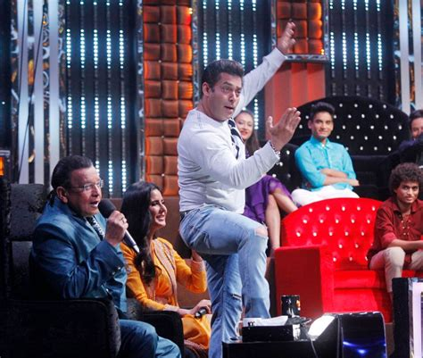 salman khan grooves  katrina kaif  super dancer