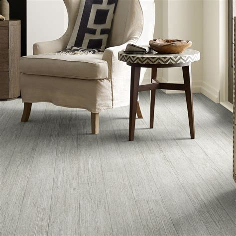 vinyl plank flooring made in usa shaw floors made in the usa vinyl plank touchdown quarterback 6 quot w x 48 l direct glue